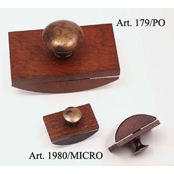 Mini itatós fából fém gombbal (itatós cseréjéhez lecsavarható tetővel)