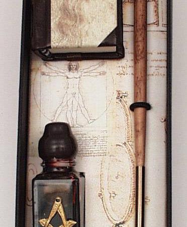 Kis írószer készlet (könyv, mini iron, mini tinta) Leonardo da Vinci díszdobozban