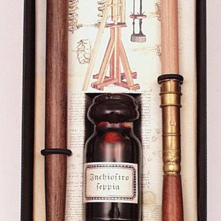 Írószer készlet iron tintával, ceruzahosszabbítóval Leonardo da Vinci díszdobozban