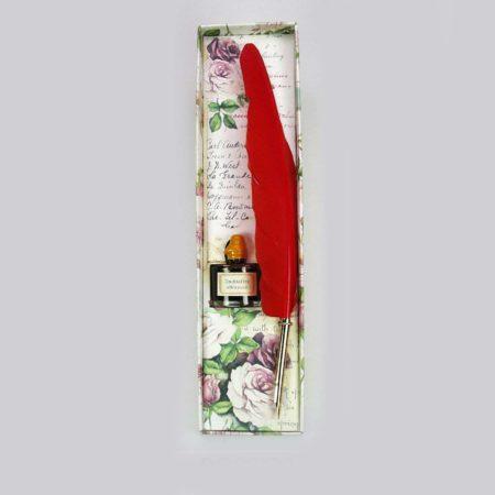 Színes iron tintával rózsás díszdobozban