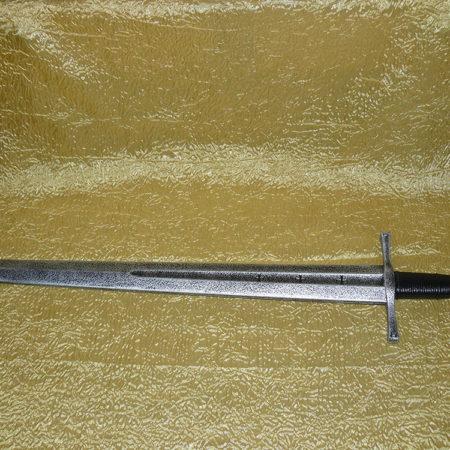 Keresztes lovagi kard