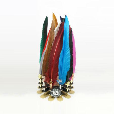 Különböző figurákkal és kristállyal díszített penna (golyós, 30 cm) celofán csomagolással