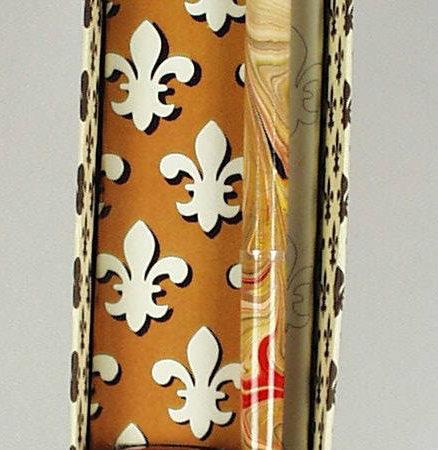 Díszes szárú mártogatós iron anjou liliomos díszdobozban különböző színekben