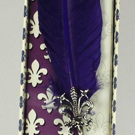 Anjou liliommal díszített penna díszdobozban különböző színösszeállításban