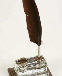 Irószerkészlet üveg irontartóval