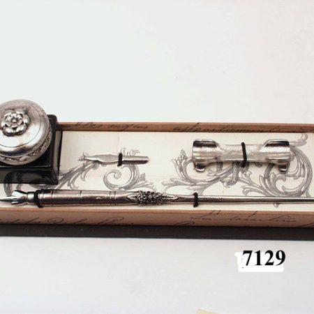 Írószerkészlet 25ml-es díszkupakos tintával, fém irontartóval díszdobozban