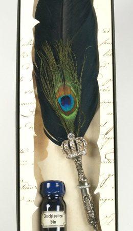 Dekoratív írószerkészlet pávatollas penna Swarovski krisztályokkal díszített fém tollszárral